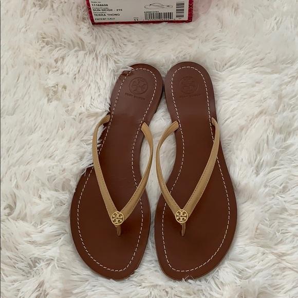 f8a4bb313fac Tory Burch Terra thong sun beige sandals